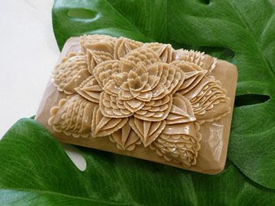 ロコアロマソープ|ローストココナッツ|彫りやすい石鹸|カービング石鹸